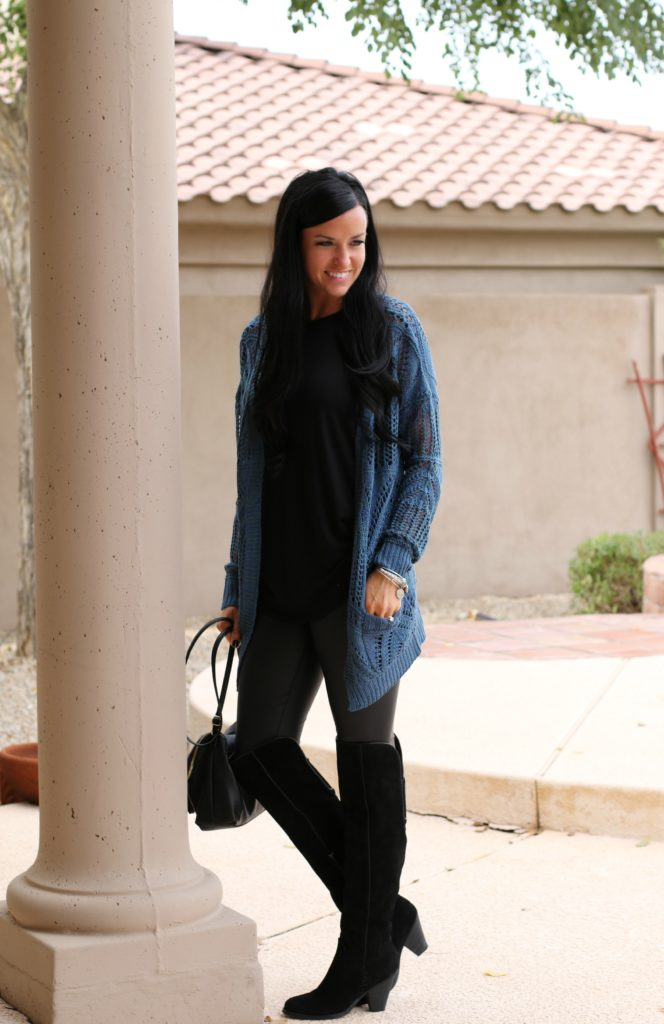 12 Outfits with Grace & Lace | Oversized Pocket Cardigan | Winter Style | Teacherfashionista | Jules