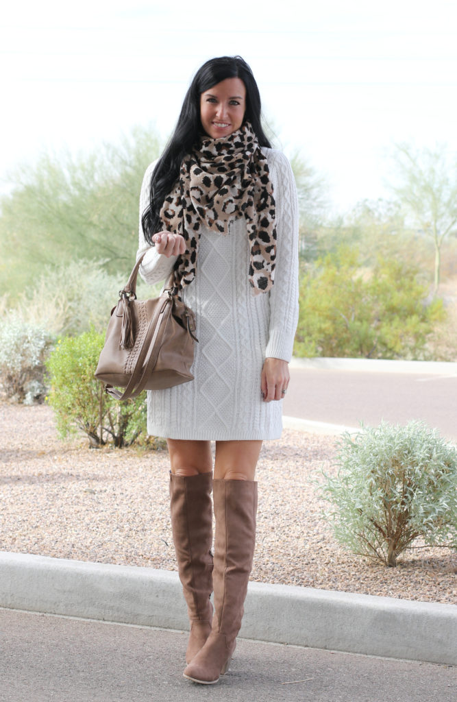December Outfit | Holiday Outfit | Teacherfashionista | Jules